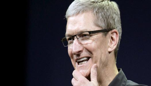"""""""Tenho orgulho em ser gay"""", diz Tim Cook, CEO da Apple"""