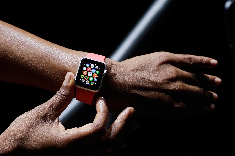 Apple-Watch-Wear-Next-120814